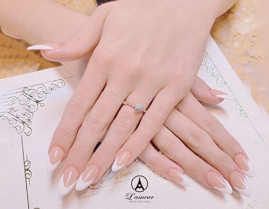 nail 09